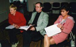 Laulupeo lavastaja Riina Roose, segakooride üldjuht Riho Leppoja ja abilinnpea Laine Jänes